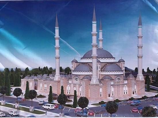 Соборную мечеть в Симферополе распишут турецкие мастера