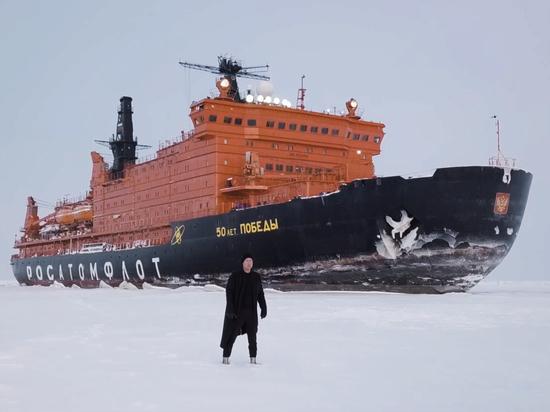 Россияне увидели снятый в Арктике клип Мити Фомина