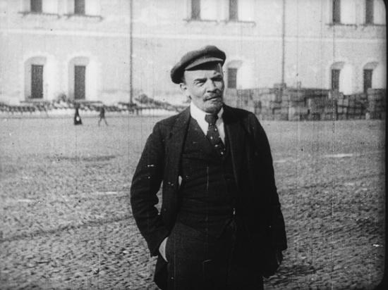 Картина была восстановлена историком кино Николаем Изволовым по случайно найденным в архиве документам