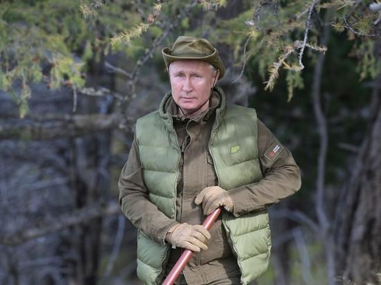 Одинокий Путин с посохом намекнул на свое будущее