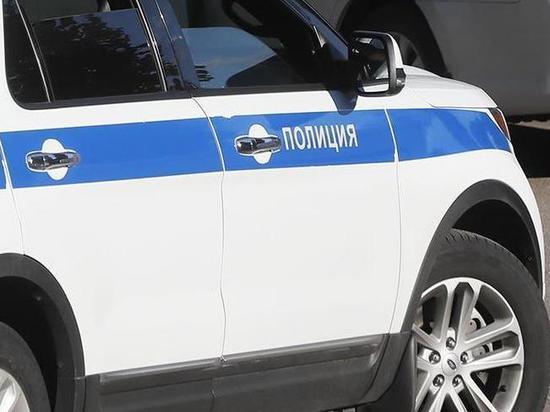 Подростки в Иркутске подожгли машину полиции и получили ожоги