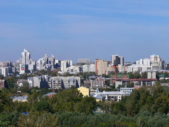 «Валите в Питер»: молодежь не хочет жить в Барнауле
