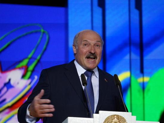 Лукашенко назвал события в Донбассе конфликтом России и Украины