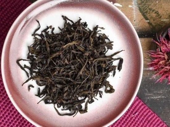 Дороже золота: названа стоимость самого дорогого китайского чая
