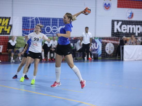 Гандболистки «Ставрополья» дали бой «сборной мира»