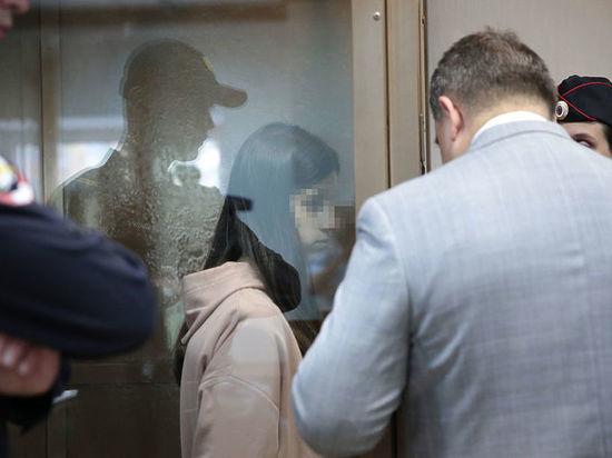 Появилась аудиозапись звонка сестер Хачатурян в полицию после убийства отца