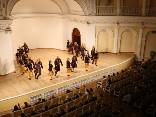 Артисты Карачаево-Черкесии выступили в Баку