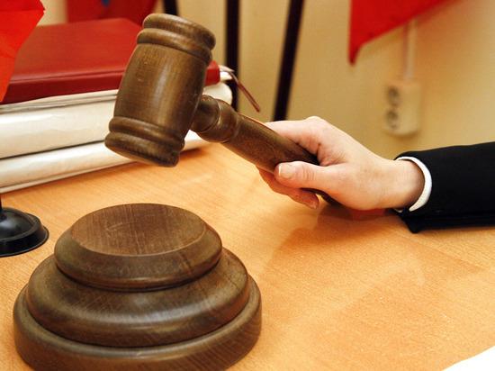 Перед судом предстал бизнесмен, истязавший ребенка элекроошейником