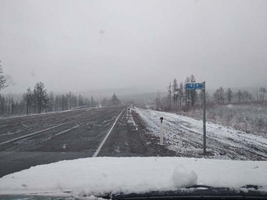 Забайкальцев предупредили о снежном накате на дорогах двух районов края