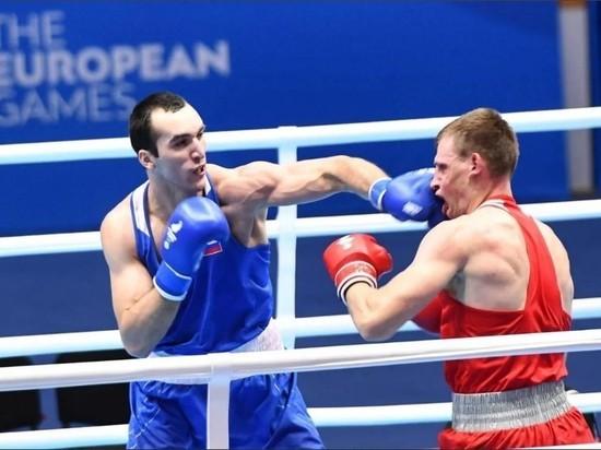 Свою просьбу они адресовали к председателю правительства республики Артему Здунову, возглавляющему наблюдательный совет региональной федерации бокса