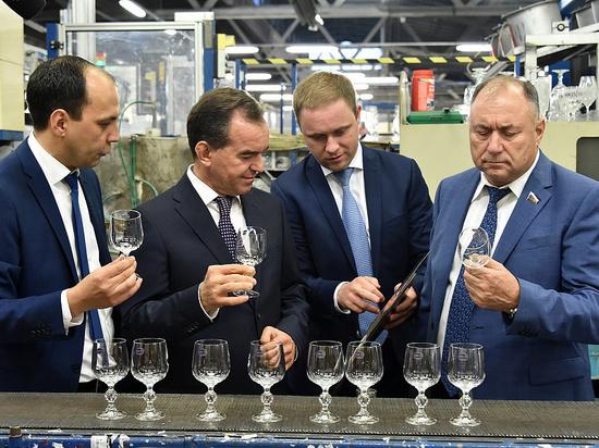 На Кубани могут первыми в России начать производить богемское стекло