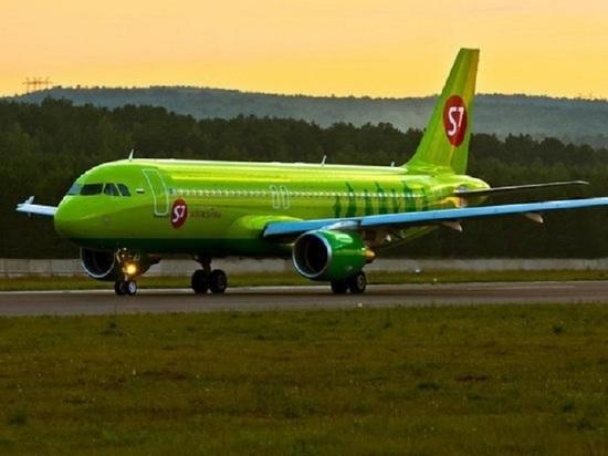 Пассажир самолета, севшего в Омске, скончался еще в полете