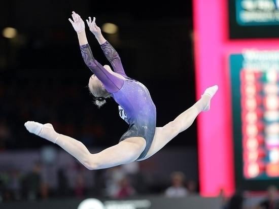 Чемпионат мира по спортивной гимнастике начался, как и прошлогодний