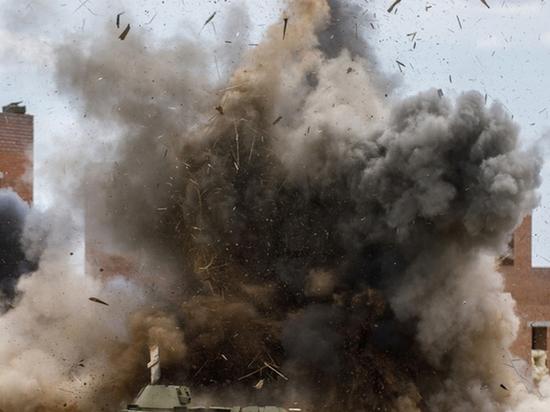 В Челябинске в микрорайоне Чурилово прогремели мощные взрывы в 10 утра