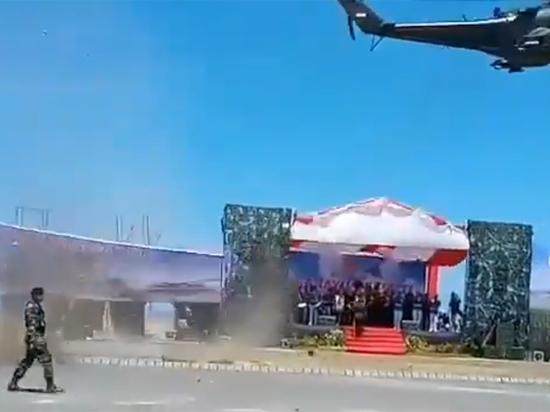 Конфуз с участием российского вертолета произошел на параде в Индонезии