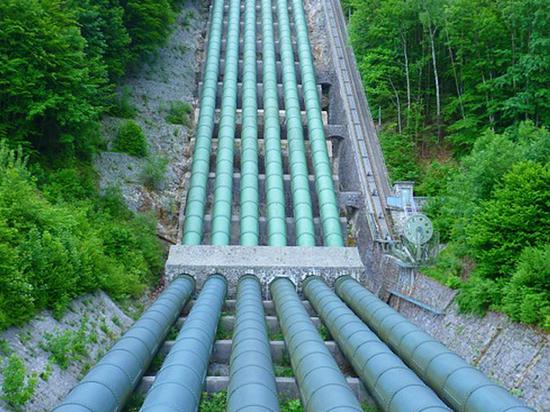"""""""Нафтогаз"""" потребует от """"Газпрома"""" новый контракт на транзит газа"""