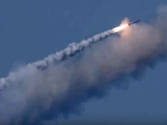 Российская подлодка выстрелила