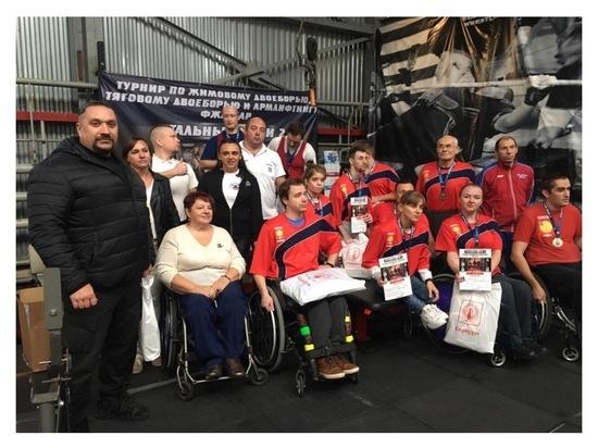 Серпуховичи стали победителями турнира по тяжелой атлетике