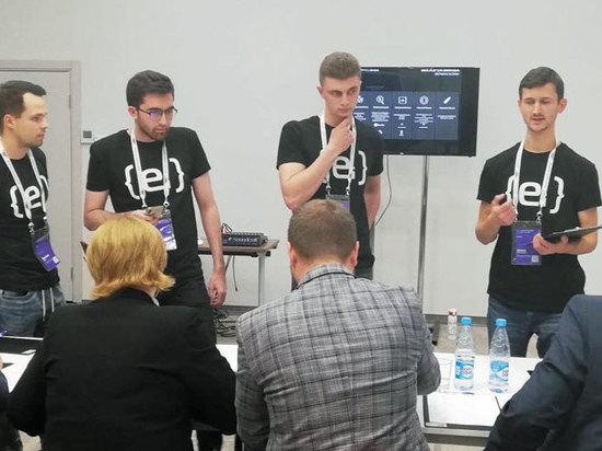 """Самый пожилой """"хакер"""" России пишет игру про поиск работы"""