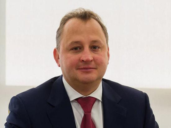 Охрана раскрыла подробности падения топ-менеджера «Вертолетов России» из окна