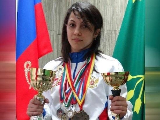 Мать погибшей чемпионки России обвинила ее подругу в воровстве
