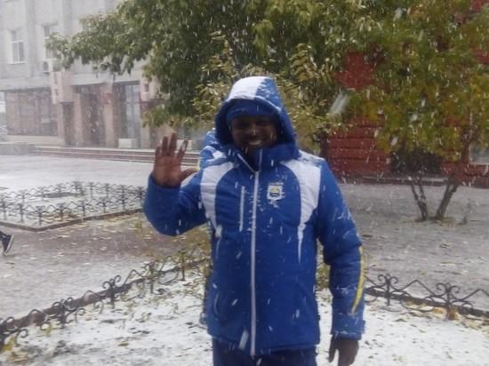 Фото дня: Делегация из Африки впервые увидела снег в Бурятии
