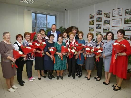 Ветеранов и пенсионеров поддержат рублем на Вологодчине