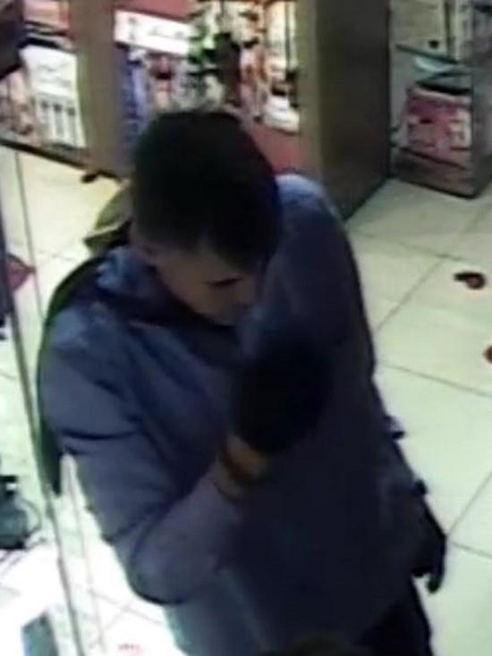 Появились подробности о грабителе магазина для взрослых в Оренбурге