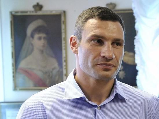 Зеленский еще думает об увольнении Кличко