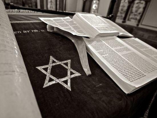 Германия под прицелом: жертвами правых экстремистов стали евреи