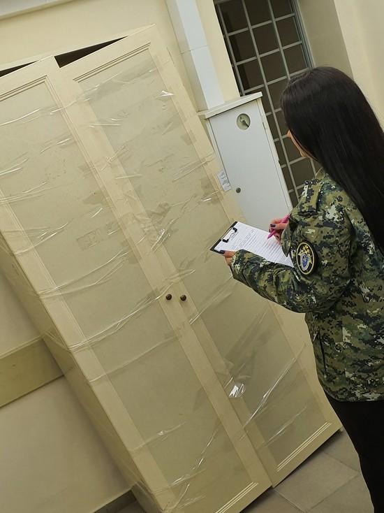 Мебельный магазин в Ставрополе выплатит 2 млн за падение шкафа на ребенка
