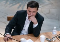 Зеленский отказался силой вытеснять националистов из Золотого
