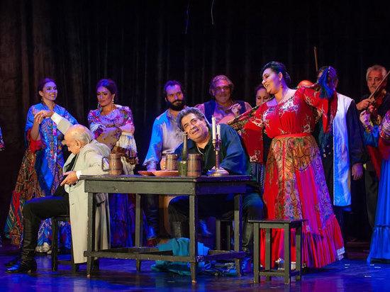 В театре «Ромэн» состоялась премьера спектакля «Соколовский хор»