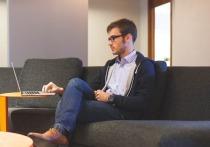 Длительное сидение у компьютера снижает остроту зрения — об этом, пожалуй, известно всем, чья работа с этим связана