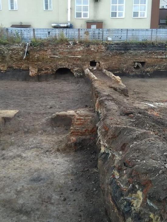 В Воронеже на месте строительства онкоцентра нашли сооружения XVIII века