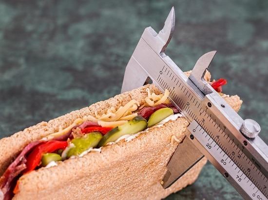 Россиянам порекомендовали «не жрать» ради похудения