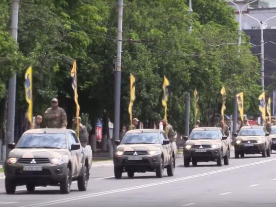 Нацбатальон «Азов» начал зачистку Золотого от сторонников ЛНР