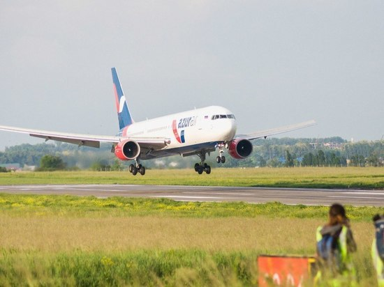 Между Петербургом и китайской Саньей запустили прямое авиасообщение