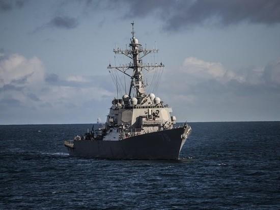 """В США назвали заход эсминца в Черное море """"плановой операцией"""""""