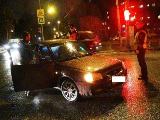 В Екатеринбурге водитель Hyundai сбил девочку и пенсионерку