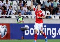 Сбррная России по футболу обыграла команду Кипра на ее поле и обеспечила себе место в финальном турнире чемпионата Европы по футболу.
