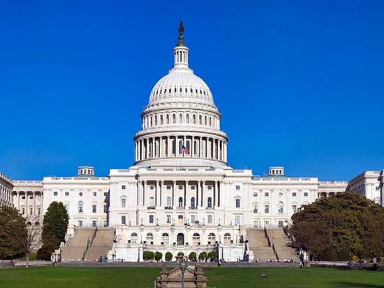 Сенатор США анонсировал резолюцию, призывающую отменить вывод войск из Сирии