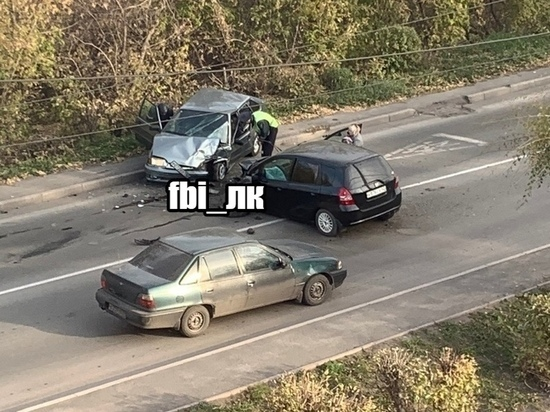 Два человека пострадали в тройном ДТП в Ленинске-Кузнецком
