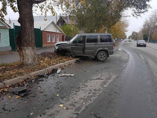 В Оренбурге на Шевченко произошла тройная авария