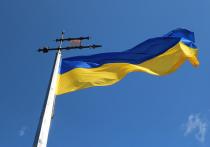 СМИ: к Киеву подъехали автобусы с вооруженными силовиками
