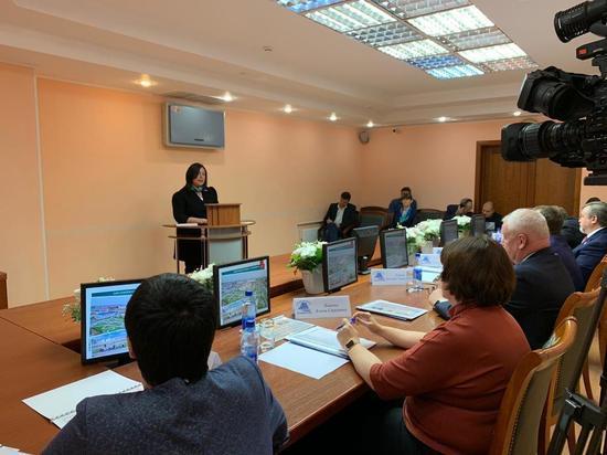 Марина Трескова приняла присягу: мнения экспертов и жителей Лабытнанги