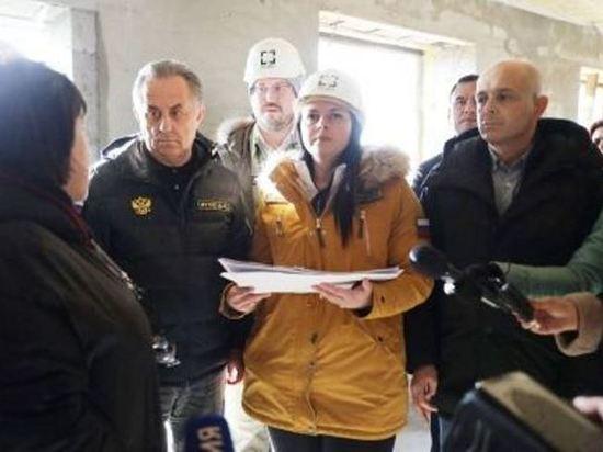 Виталий Мутко осмотрел стройплощадку посёлка