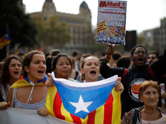 До 13 лет тюрьмы получили организаторы референдума о независимости Каталонии