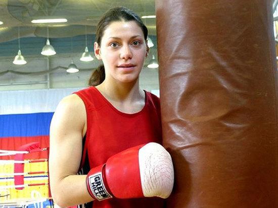 Российскую чемпионку мира по боксу избил сосед