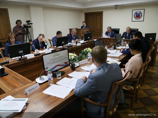 Депутаты АКЗС и Виктор Томенко обсудили будущий бюджет Алтайского края